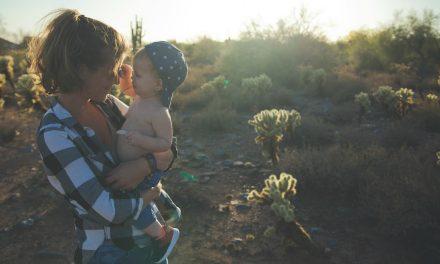 向母親致敬:教養孩童,使他走當行的道,就是到老他也不偏離。