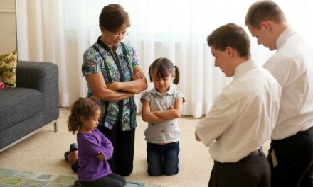 摩門教徒會奉耶穌基督的名祈禱嗎?