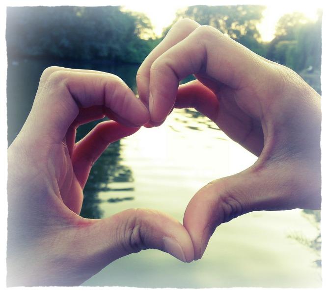 三個小動作,成就大快樂──彼此相愛帶來快樂