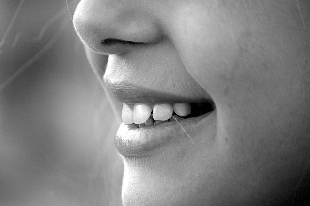 摩門教徒相信微笑帶給人快樂