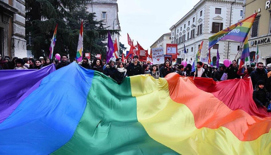 愛人如愛己──你會如何選擇看待同性婚姻?