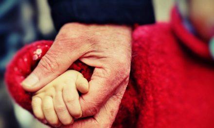 神聖婚姻──社會的決定不等於神的決定