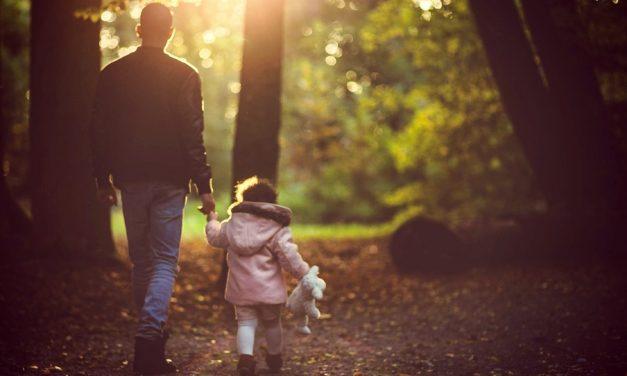 父親如何影響女兒生命中的5個層面?