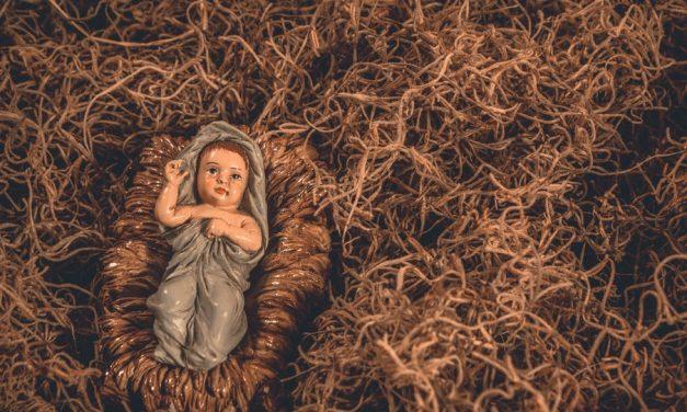 在馬槽裡──從基督降生看祂的紆尊降貴